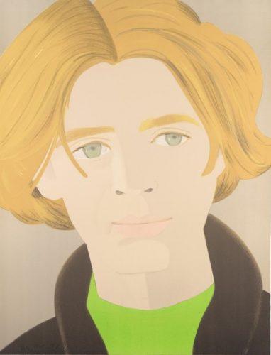 Gesicht eines blonden Mannes mit grünem Hemd und grünen Augen