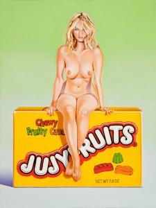 Nackte Frau auf einer Box Jujyfruits