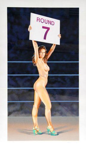 Nackte Frau in Boxring mit Rundenanzeigetafel