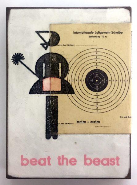 Symbolisches Bild einer Hausfrau mit Staubwedel neben einer Zielscheibe untertitelt mit