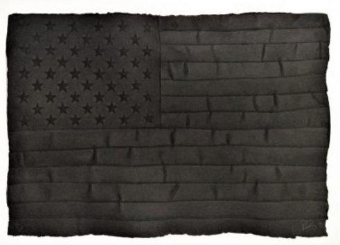 Die amerikanische Flagge in Schwarztönen - ROBERT LONGO 1999